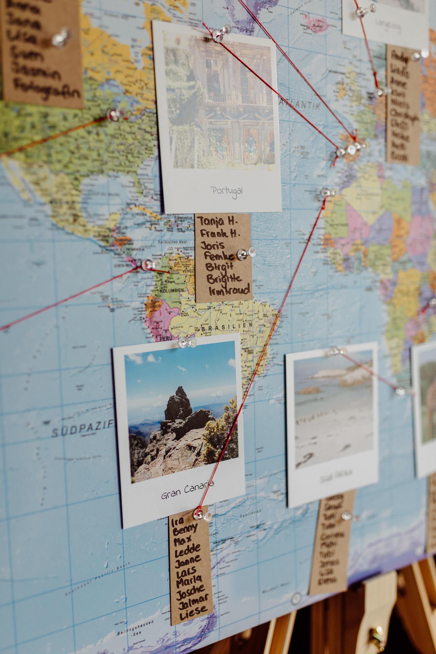 DIY Tischplan Sitzplan Weltkarte Hochzeitsidee
