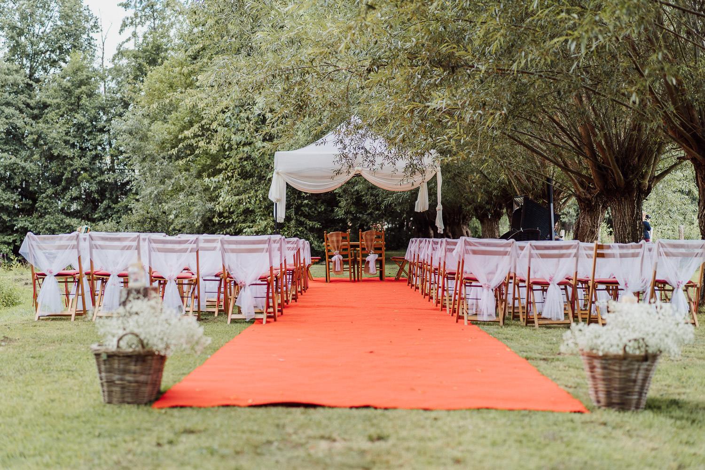 Blick auf die Hochzeitslocation Meierhof Rassfeld