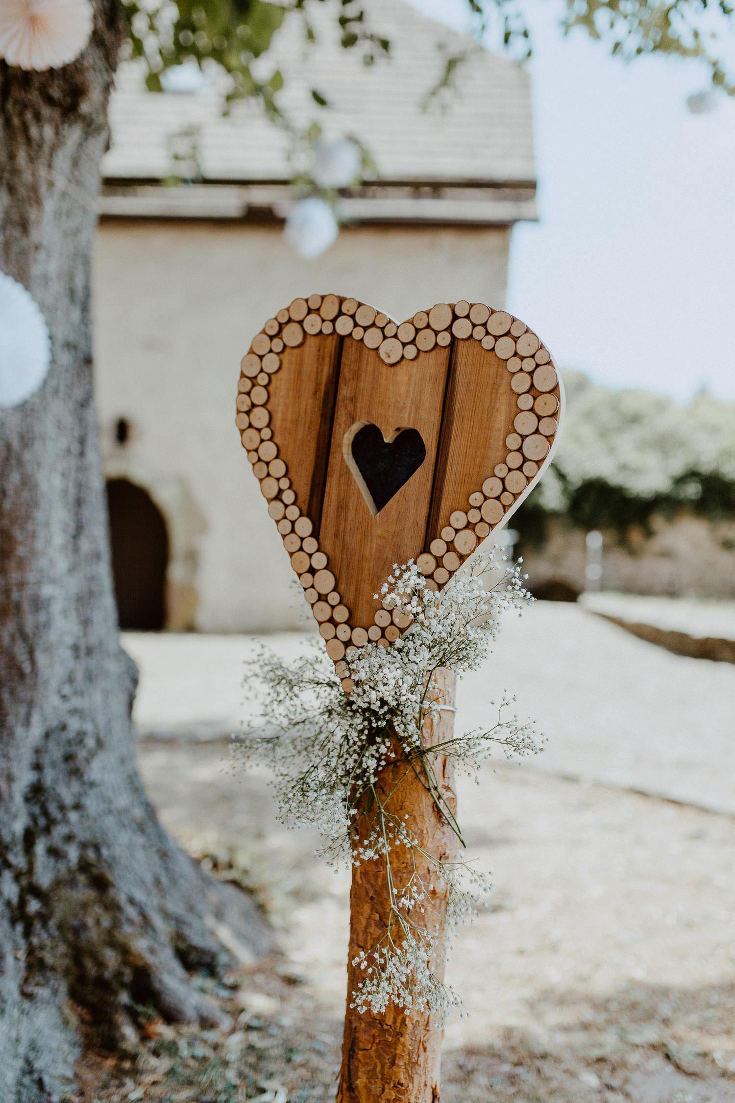 Holzherz bei Hochzeit