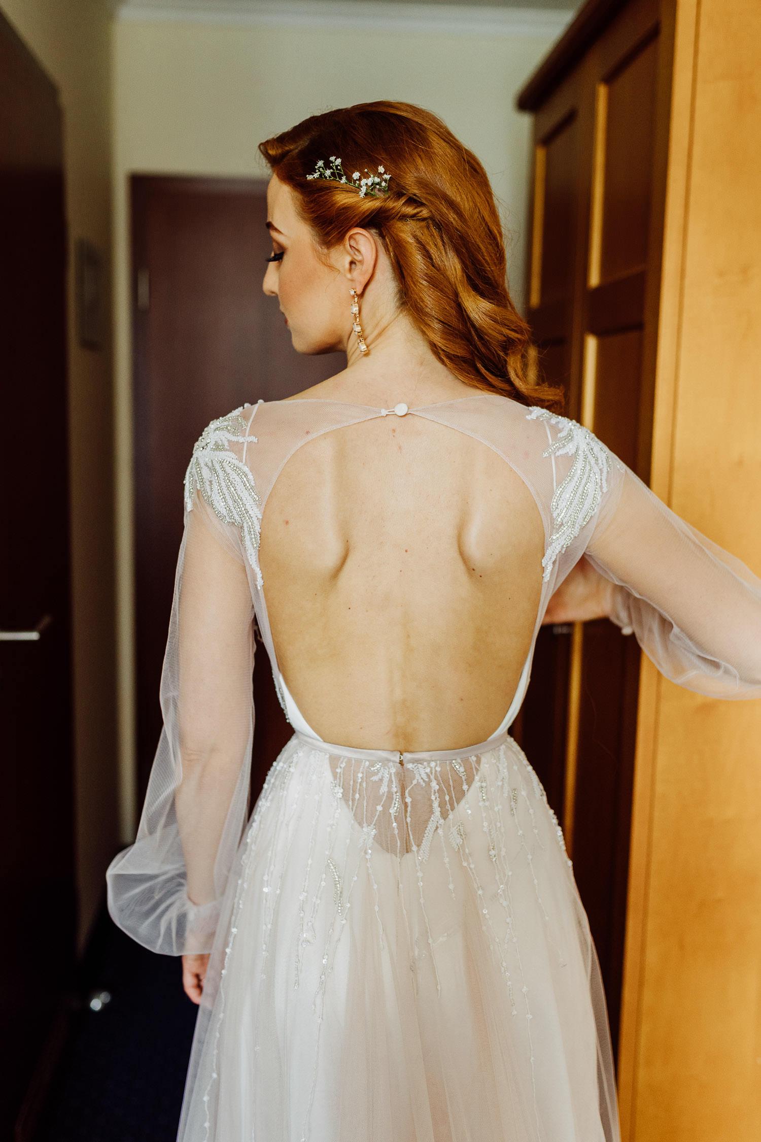 Brautkleid Ausschnitt von hinten