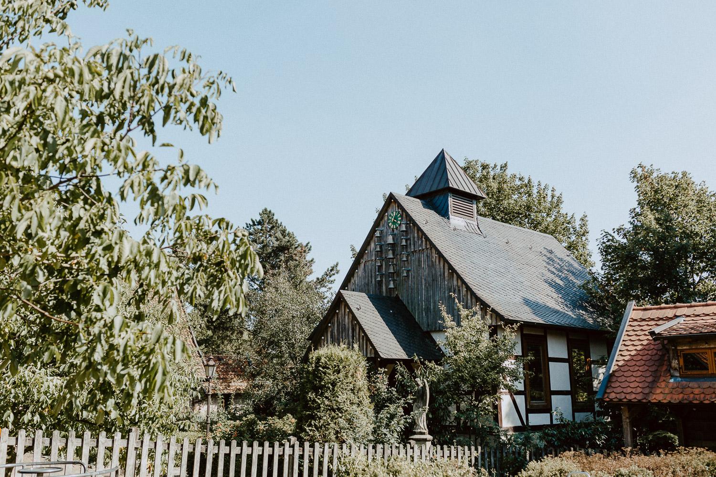 Kapelle für Trauung im Fachwerkdorf Liebhart