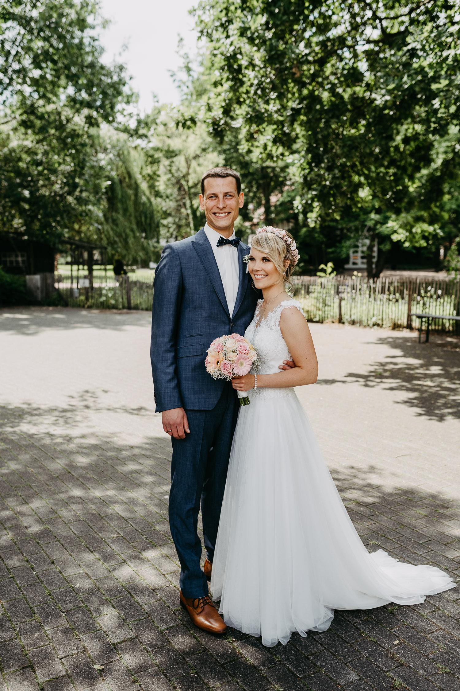 Hochzeitsfoto im gastlichen Dorf