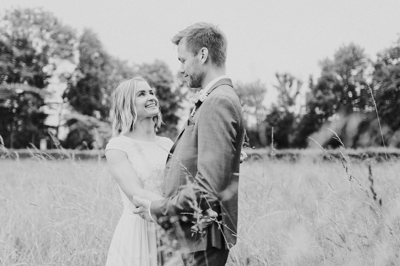 Hochzeitsfoto im Feld Bielefeld