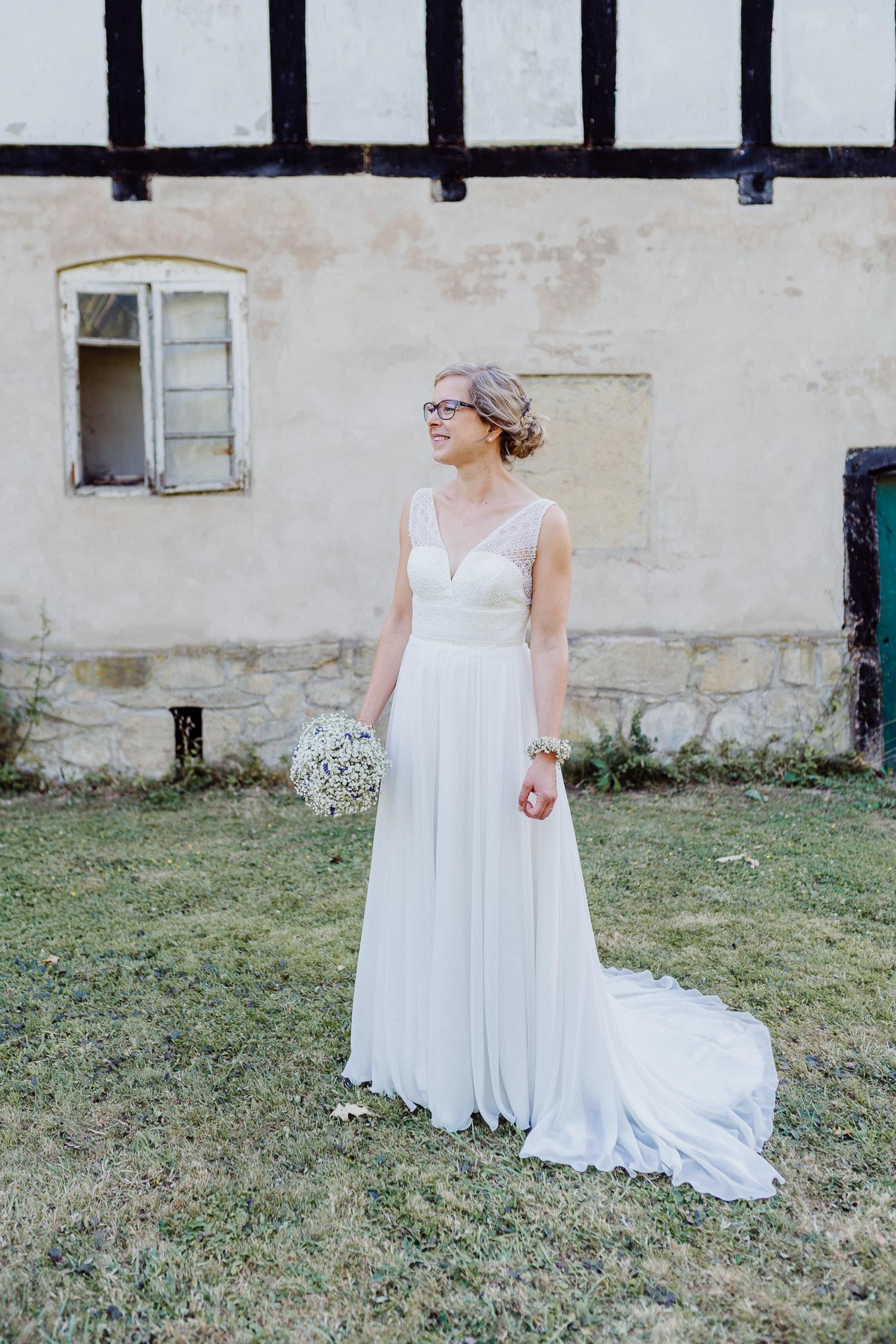 Braut Porträt im Hochzeitskleid