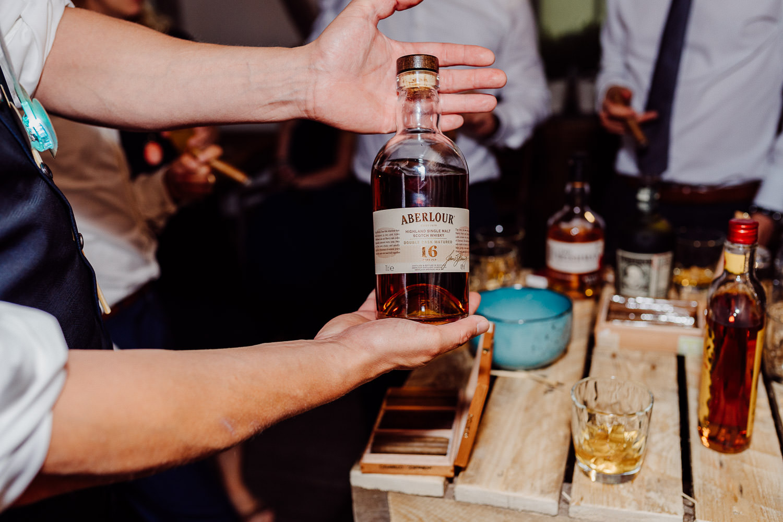 Whiskybar bei der Hochzeit