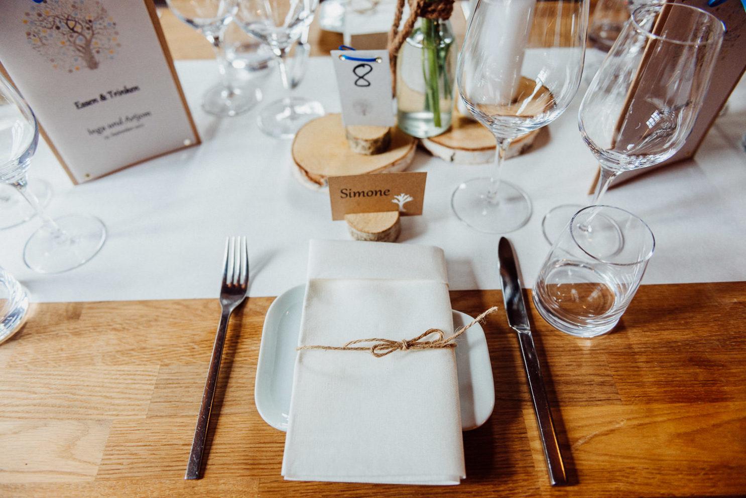 Hochzeits - Tischdeko an der Waterböhr